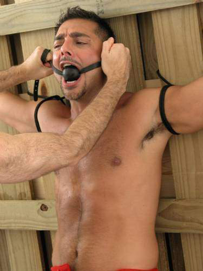 bondage men Nude hunks in to